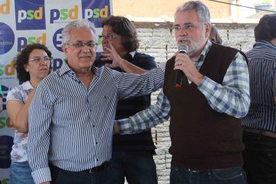 Geraldo Thadeu durante o discurso do presidente da Câmara de Poços Paulo Tadeu D'Arcádia