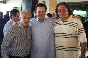Geraldo Thadeu, o presidente nacional do PSD, Gilberto Kassab e o médico Marcos Eduardo Andrade.