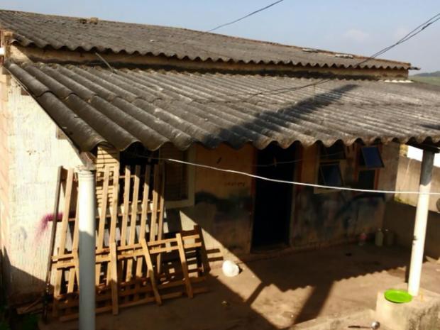 Casa onde meninas estariam também foi investigada pela polícia (Foto: Reprodução EPTV)