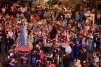 31/03/2015. Crédito: Sidney de Almeida/D.A Press. Brasil. Oliveira - MG. Procissão do Encontro, com sermão em frente à igreja Matriz.